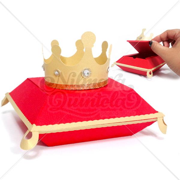 Caixa Almofada com Coroa